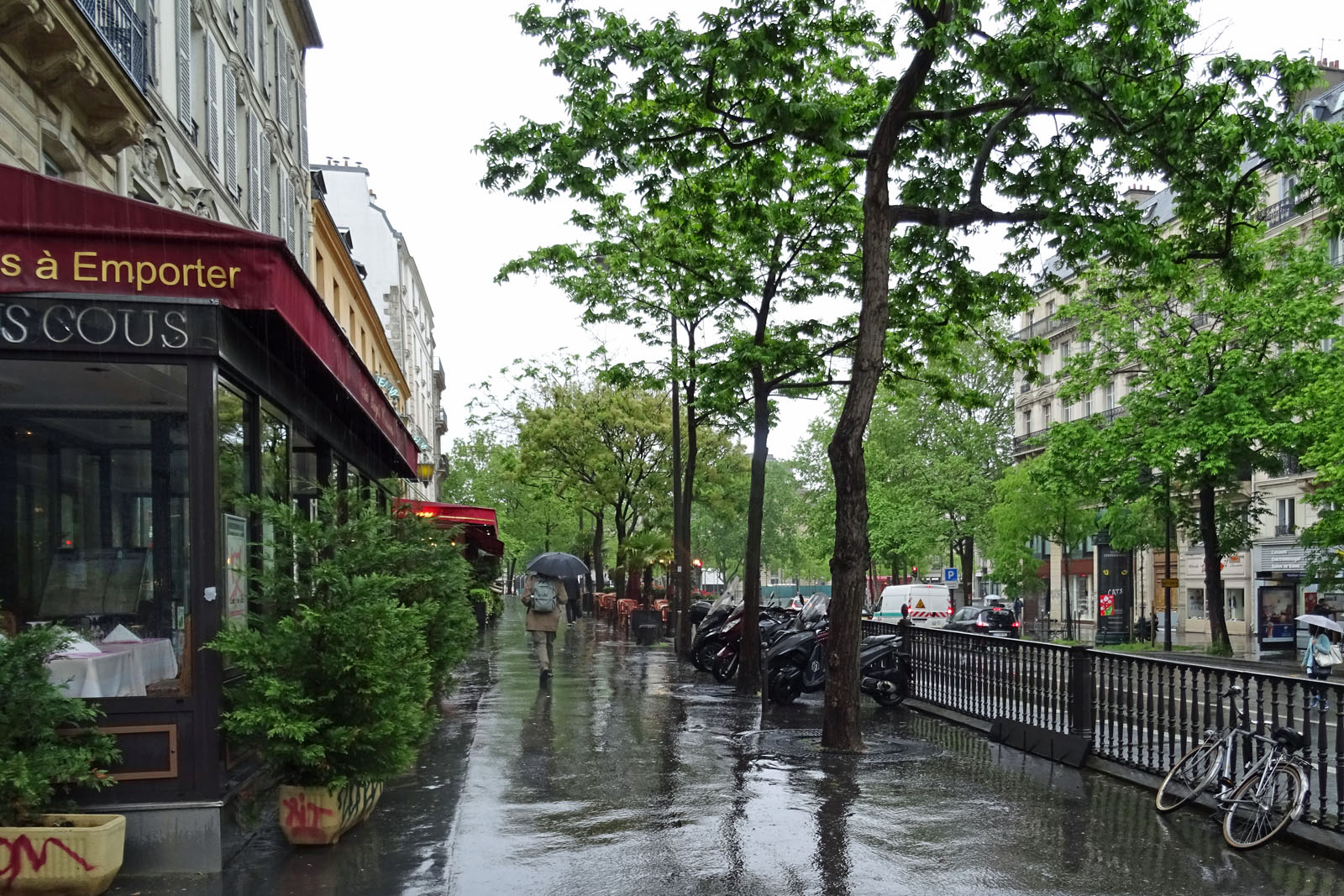 10 Dauerregen am Sonntag Vormittag