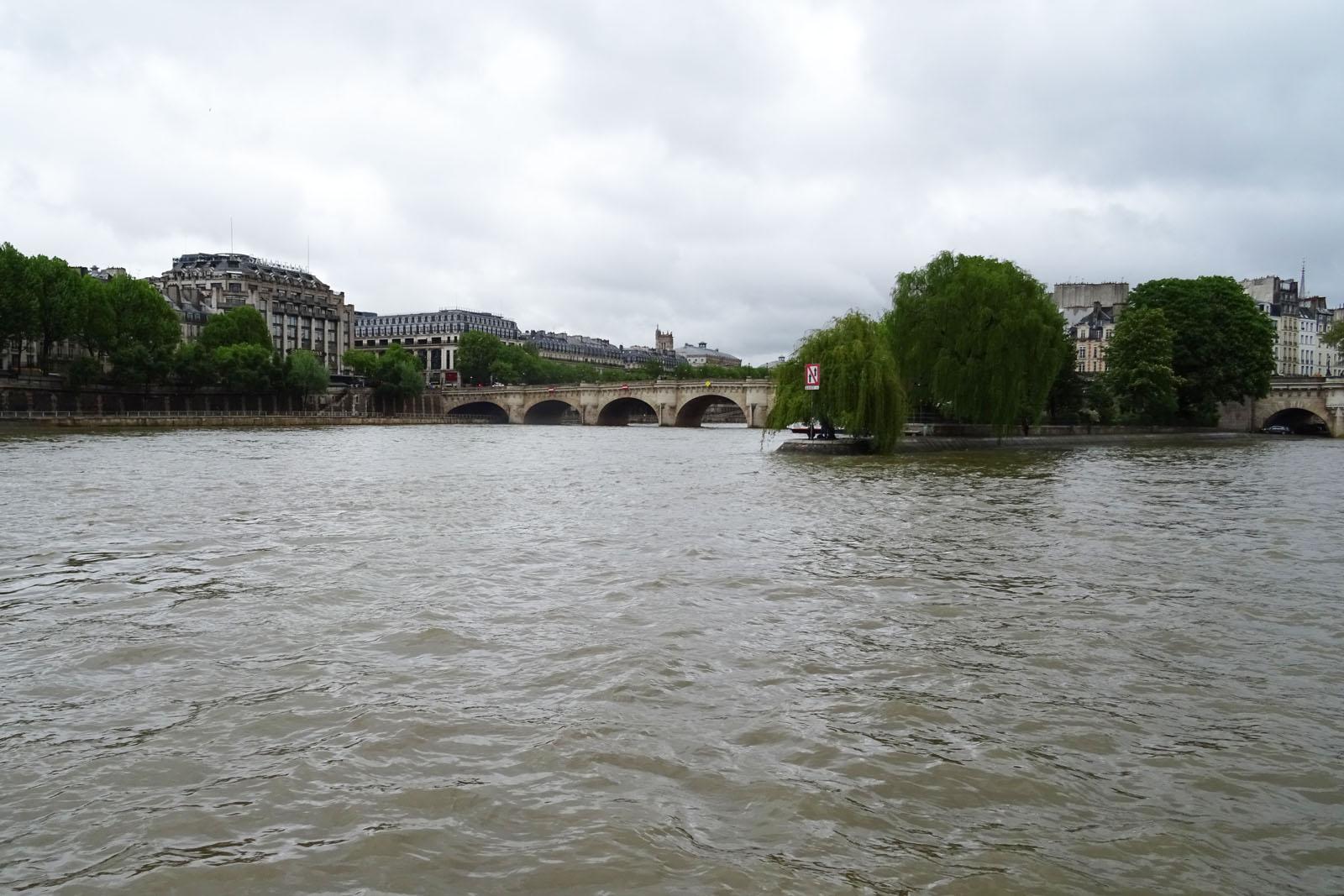 16 Pont Neuf und Ile de la Cite