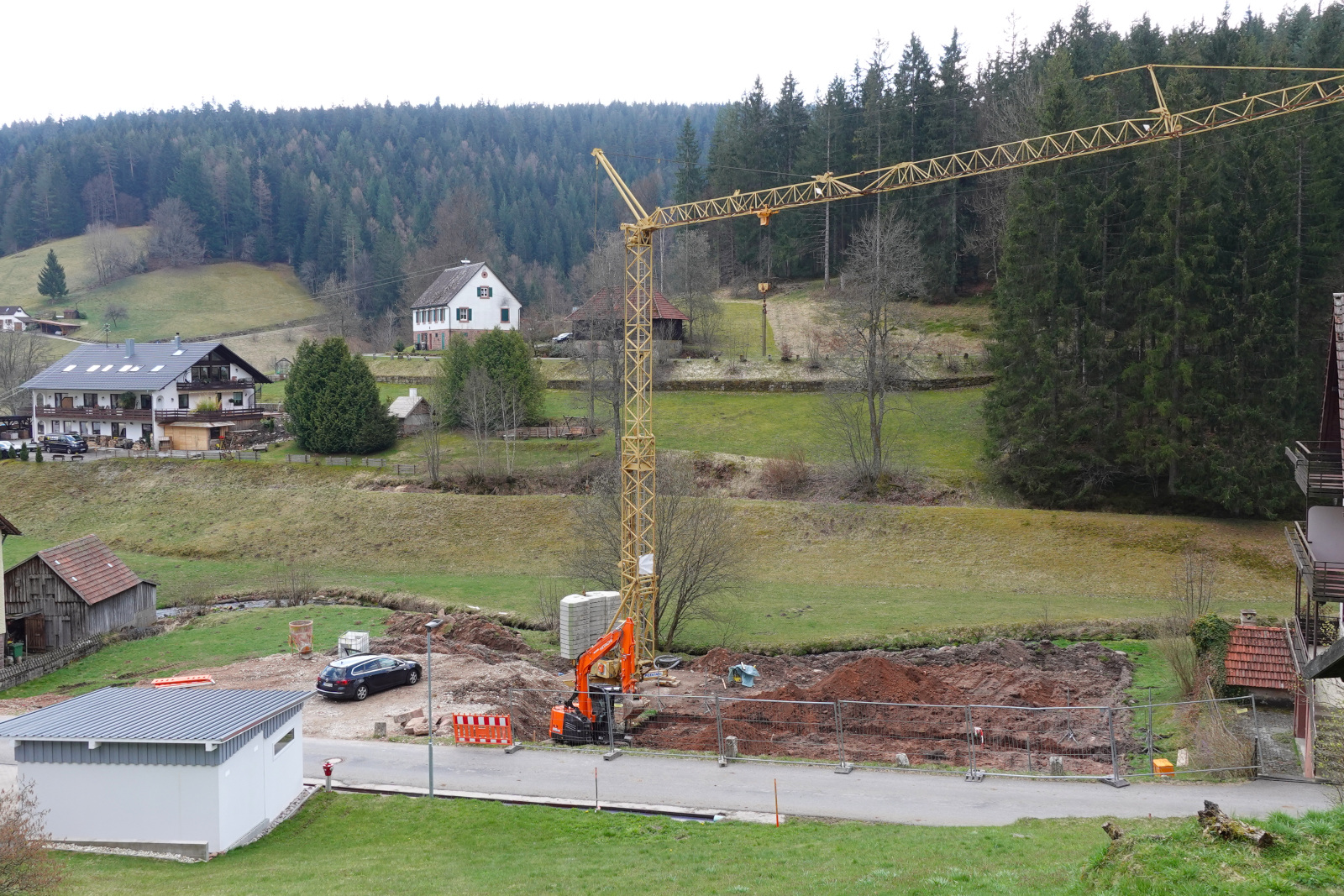 Baustelle in Enzklösterle - Gompelscheuer.